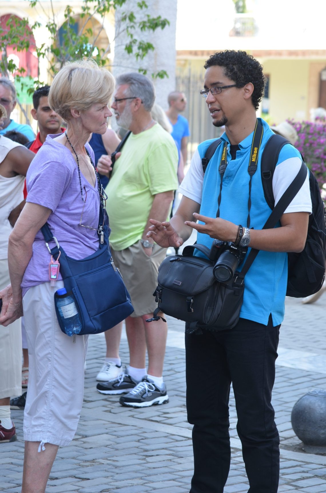 Dr. Jorge Arrocha (right) accompanies tour participants.