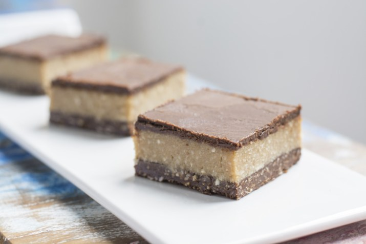 Nanaimo Bar (Chocolate Crumble, Coconut & Cacao Butter and Minty Chocolate In 3 Layers)