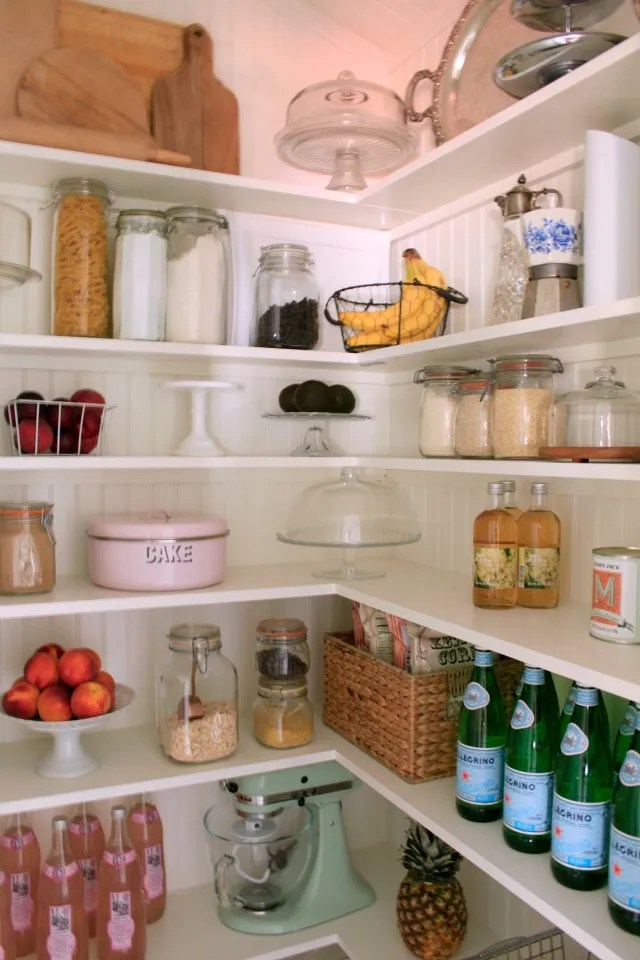 l-shaped-pantry