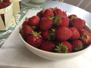 freshly picked strawberries, delicious and nutritious!