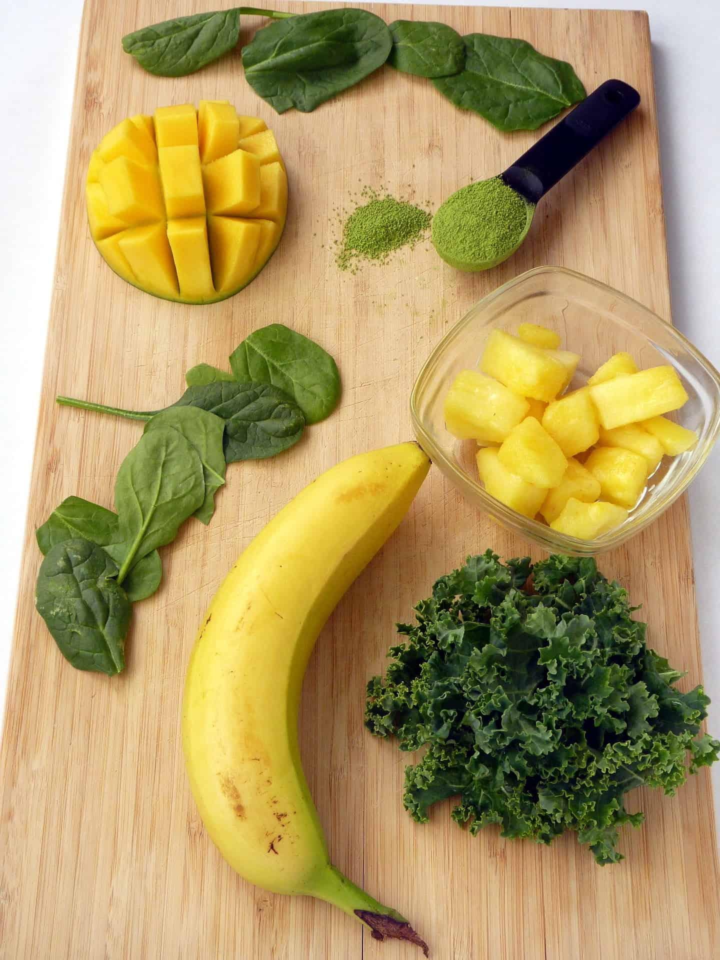 Matcha smoothie recipe ingredients