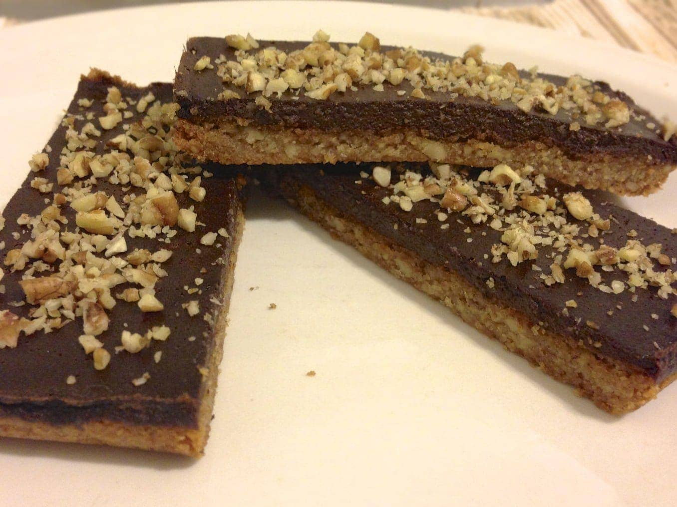 paleo chocolate pecan bars