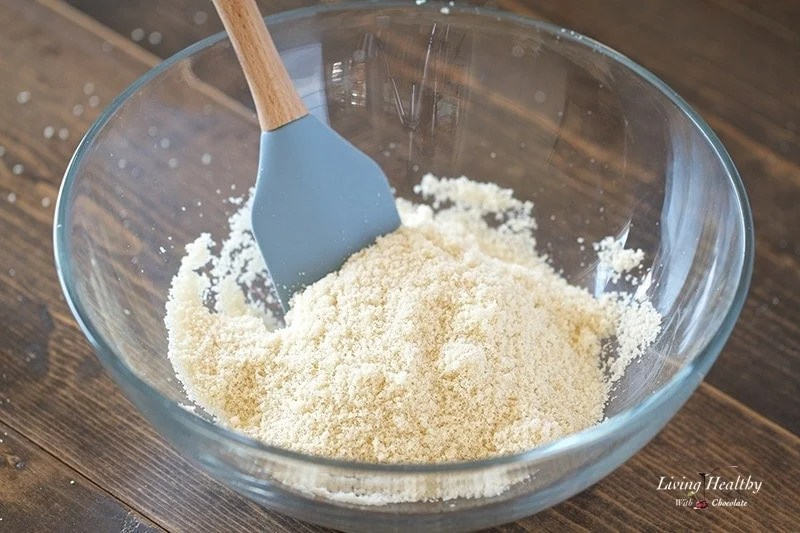 How to blanch almonds and make almond flour at home
