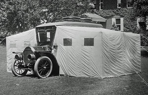1910 Stoddard-Dayton Camping Car