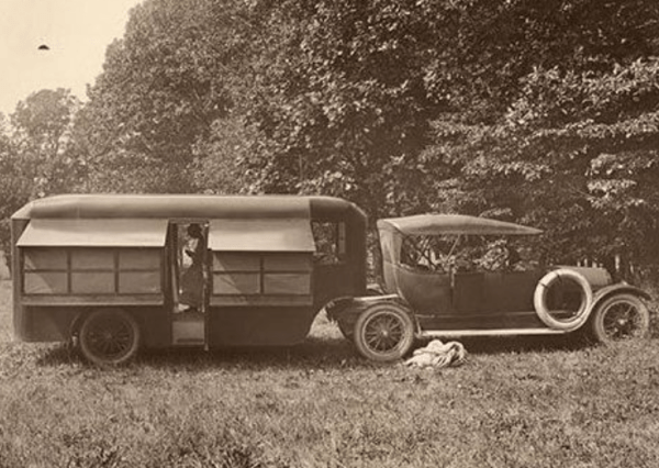 Pierce-Arrow Touring Landau - 1910 - the nation's first RV