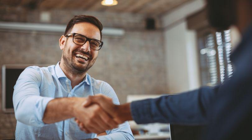 Агентства по трудоустройству в англии законы о недвижимости в оаэ