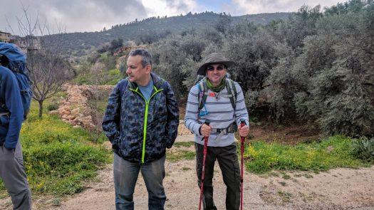 Hiking to King Talal Dam