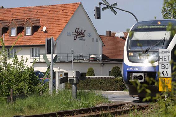 """Nicht nur die Bahnlinie """"Haller Wilhem"""" zwischen Bielefeld und Osnabrück ist ganz nah"""