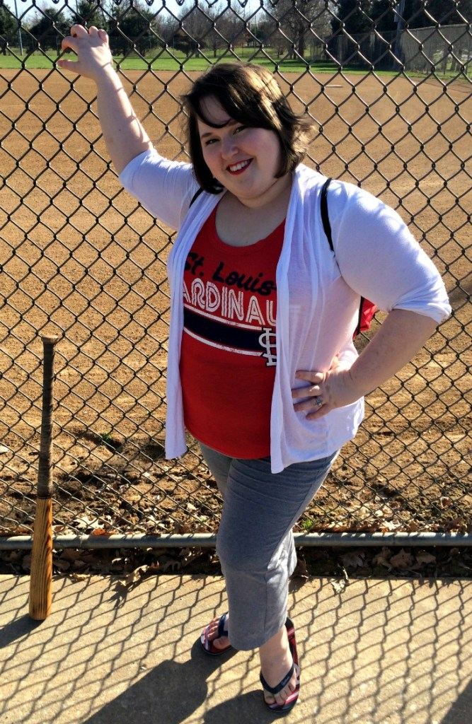 What to Wear to a Cardinals Game | Plus size edition | The most important thing is to be comfortable, but you can look cute at the same time.
