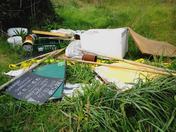 Discarded rubbish in Mallorcan countryside