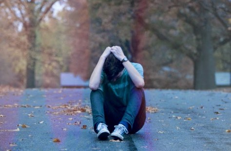 sad-crying-boy-in-love-41