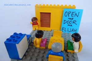 duplo-door-for-elijah1