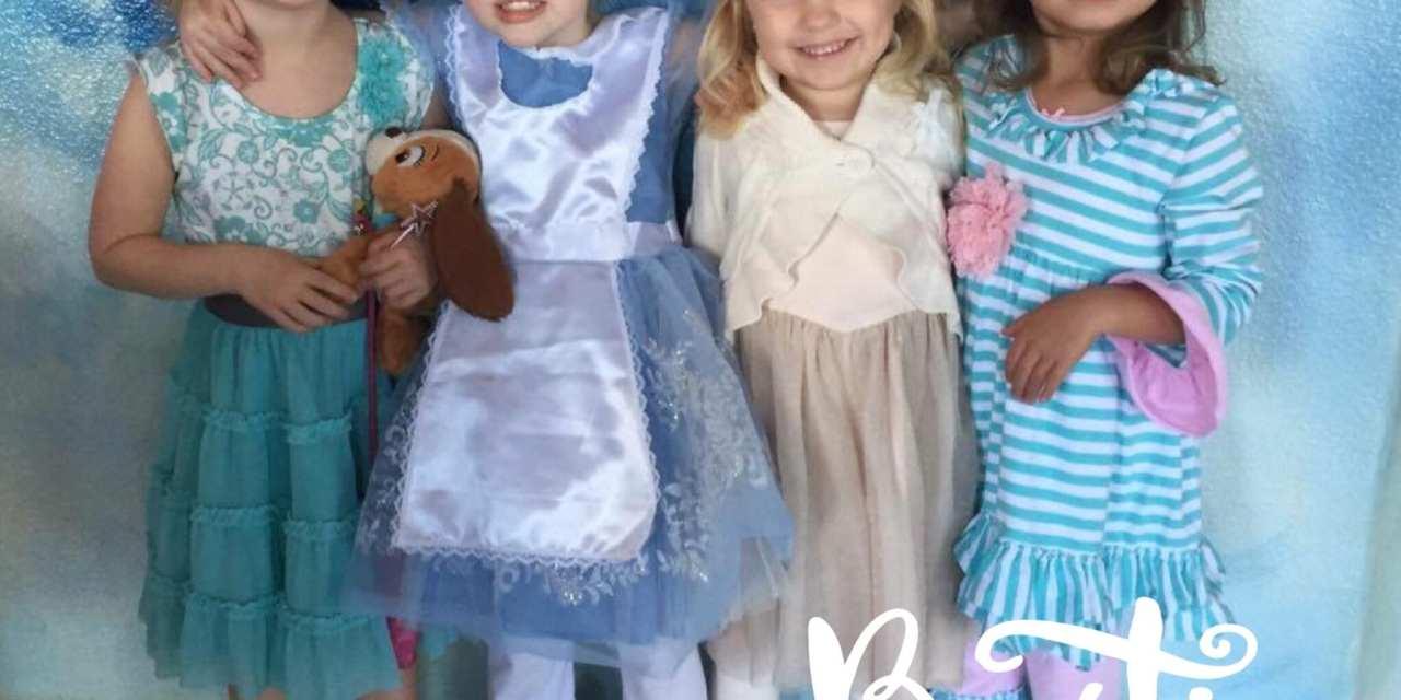 Alice in Wonderland with Friends