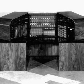 Raymond Scott's mythical Electronium instrument has finally been brought to life | News | LIVING LIFE FEARLESS