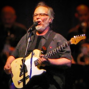 The massive guitar collection of Steely Dan's Walter Becker is hitting the auction blocks | News | LIVING LIFE FEARLESS