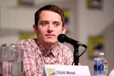 "Elijah Wood wants to remake ""that"" classic horror film series 