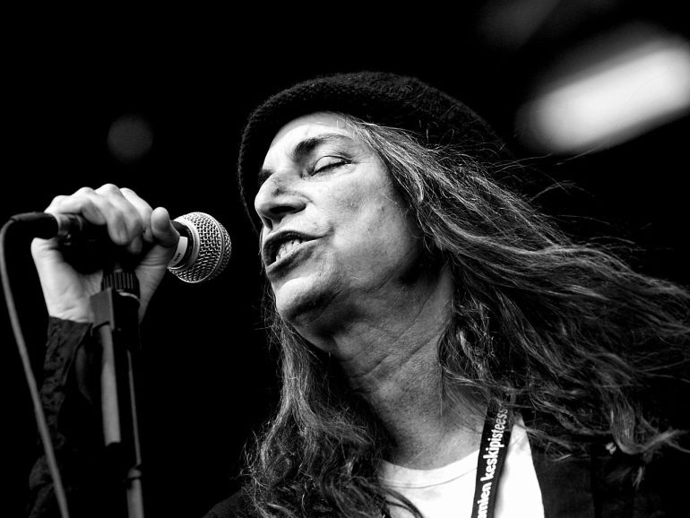 Rock legend Patti Smith to be honored by PEN America | News | LIVING LIFE FEARLESS
