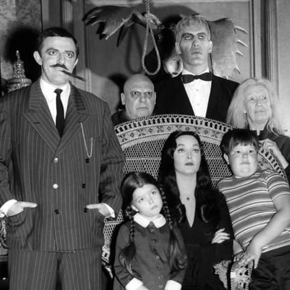 'The Addams Family' TV series to get a Tim Burton reboot | News | LIVING LIFE FEARLESS