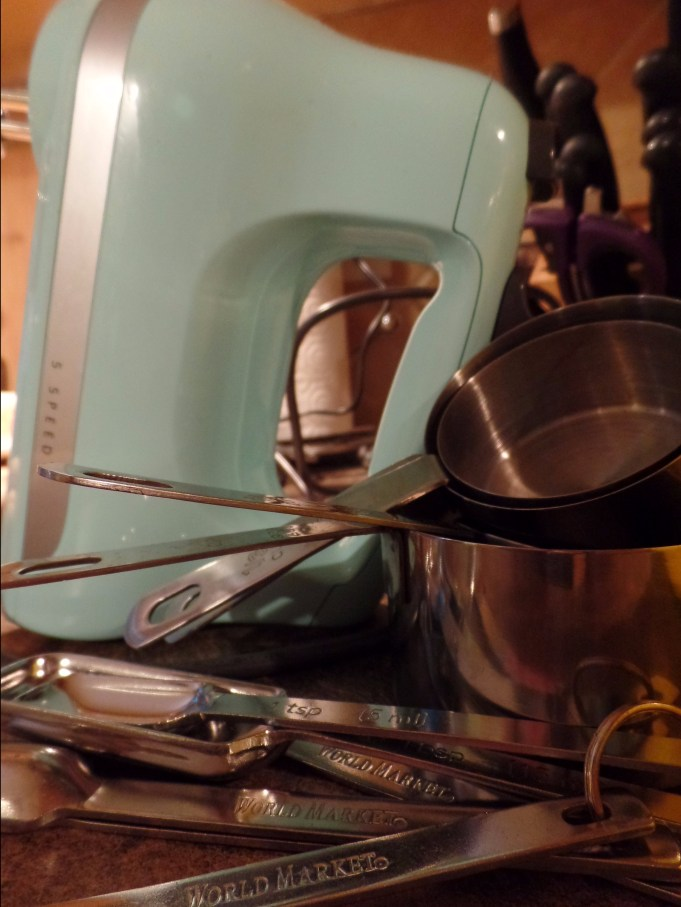My pretty Kitchenaid handheld mixer.
