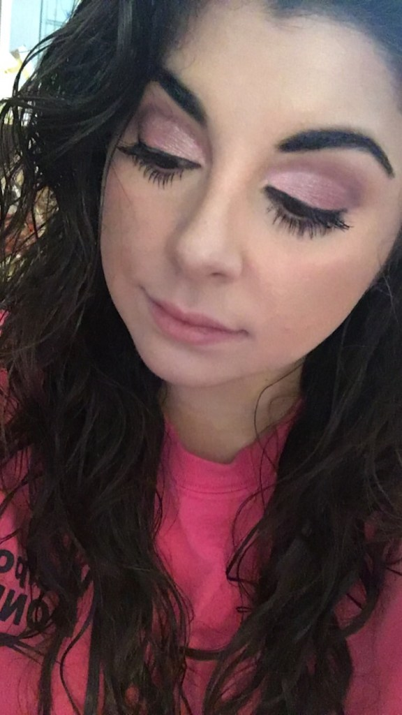 Holiday Makeup, Pink Cut Crease