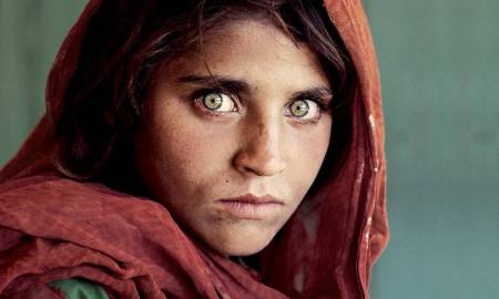 Afghan-Girl-The-Most-Famous-Picture-In-National-Geographics-114-Year-History-2