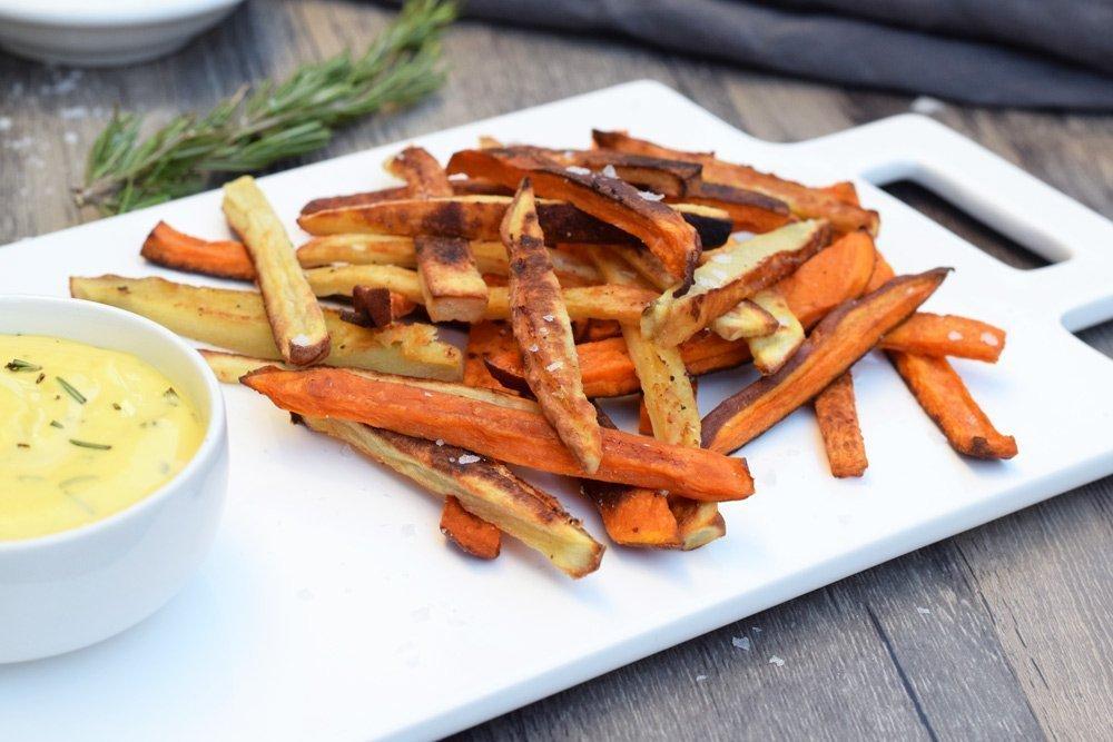 Crispy Sweet Potato Fries With Garlic Rosemary Aioli ...