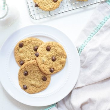 Soft & Chewy Chocolate Chip Cookies