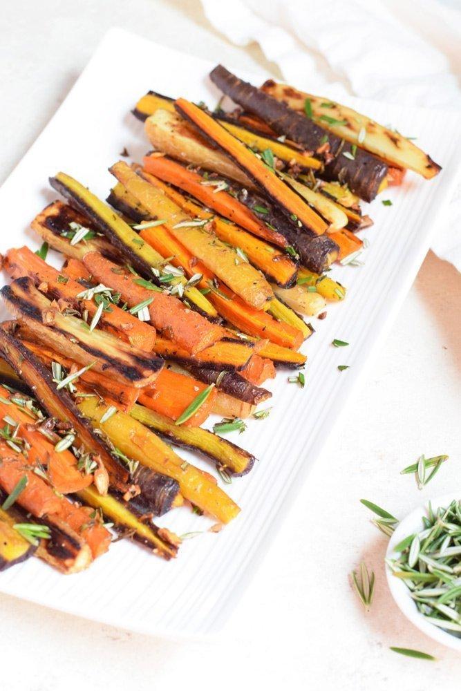 Rosemary Garlic Roasted Carrots