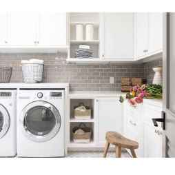 40+ beautiful rustic laundry room design ideas for your home (37)