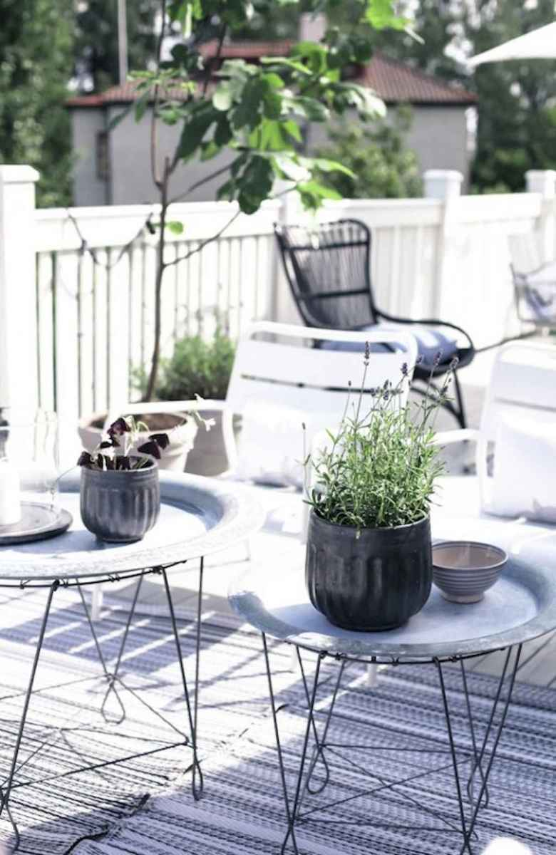 50 scandinavian porch makeover and a relaxing date night on the deck (3)