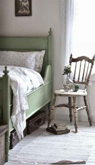 50 simply amazing vintage bedroom inspired ideas (39)