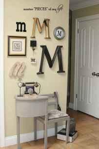 Gallery wall ideas bedroom (32)
