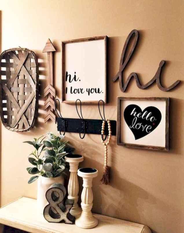Gallery wall ideas bedroom (60)