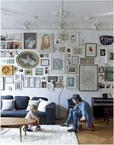 Inspired gallery wall living room (40)