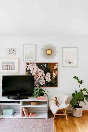 Unique tv wall living room ideas (23)