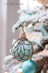 30+ diy apartment decorating christmas projects (18)