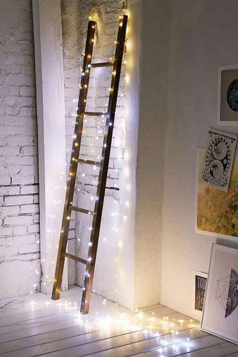 40 apartment decorating christmas lights (34)