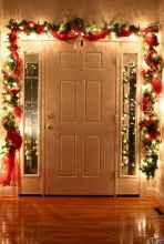 60 apartment decorating christmas ideas (28)
