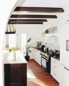 70 Tile Floor Farmhouse Kitchen Decor Ideas (35)