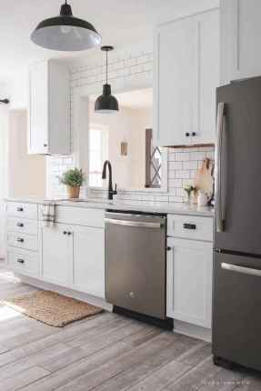 70 Tile Floor Farmhouse Kitchen Decor Ideas (59)