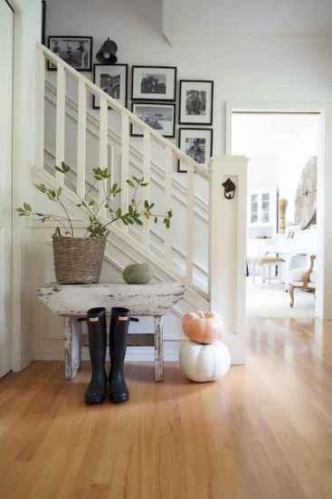 80 Modern Farmhouse Staircase Decor Ideas (51)