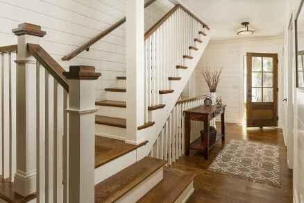 80 Modern Farmhouse Staircase Decor Ideas (60)