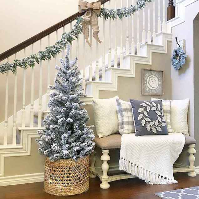 80 Modern Farmhouse Staircase Decor Ideas (77)