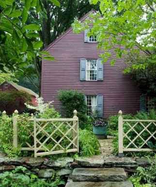 90 Modern American Farmhouse Exterior Landscaping Design (14)
