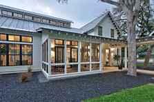 90 Modern American Farmhouse Exterior Landscaping Design (93)