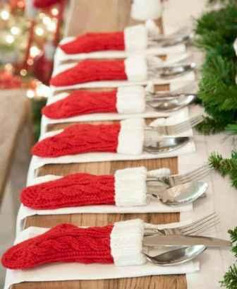 25 Elegant Christmas Party Table Decorations Ideas (26)