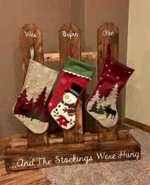 25 Gorgeous DIY Christmas Crafts Wooden Ideas (14)