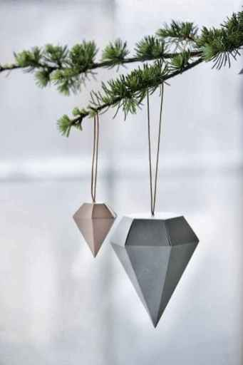 30 Simple Ornaments Christmas Tree Decorations On A Budget (14)