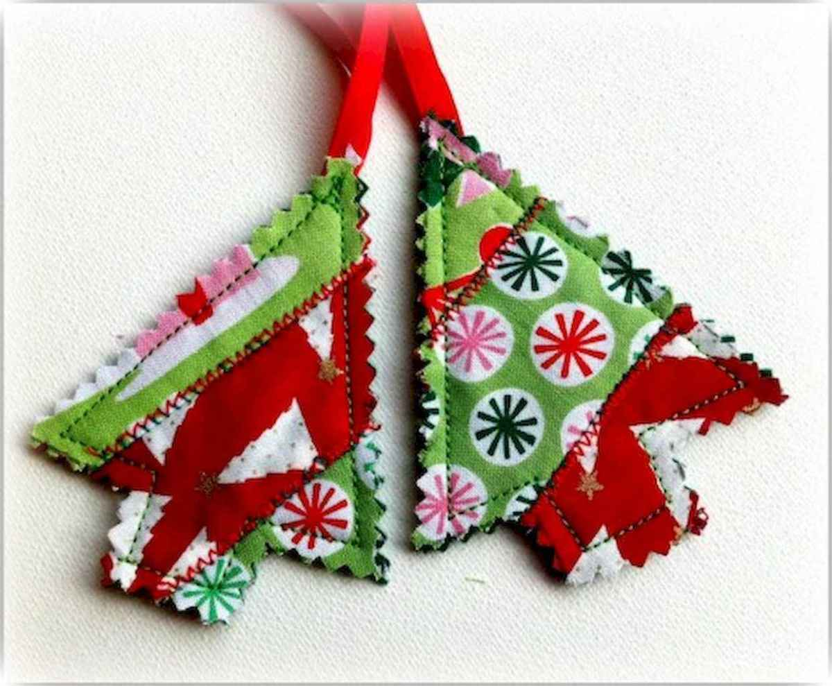 30 Simple Ornaments Christmas Tree Decorations On A Budget (2)