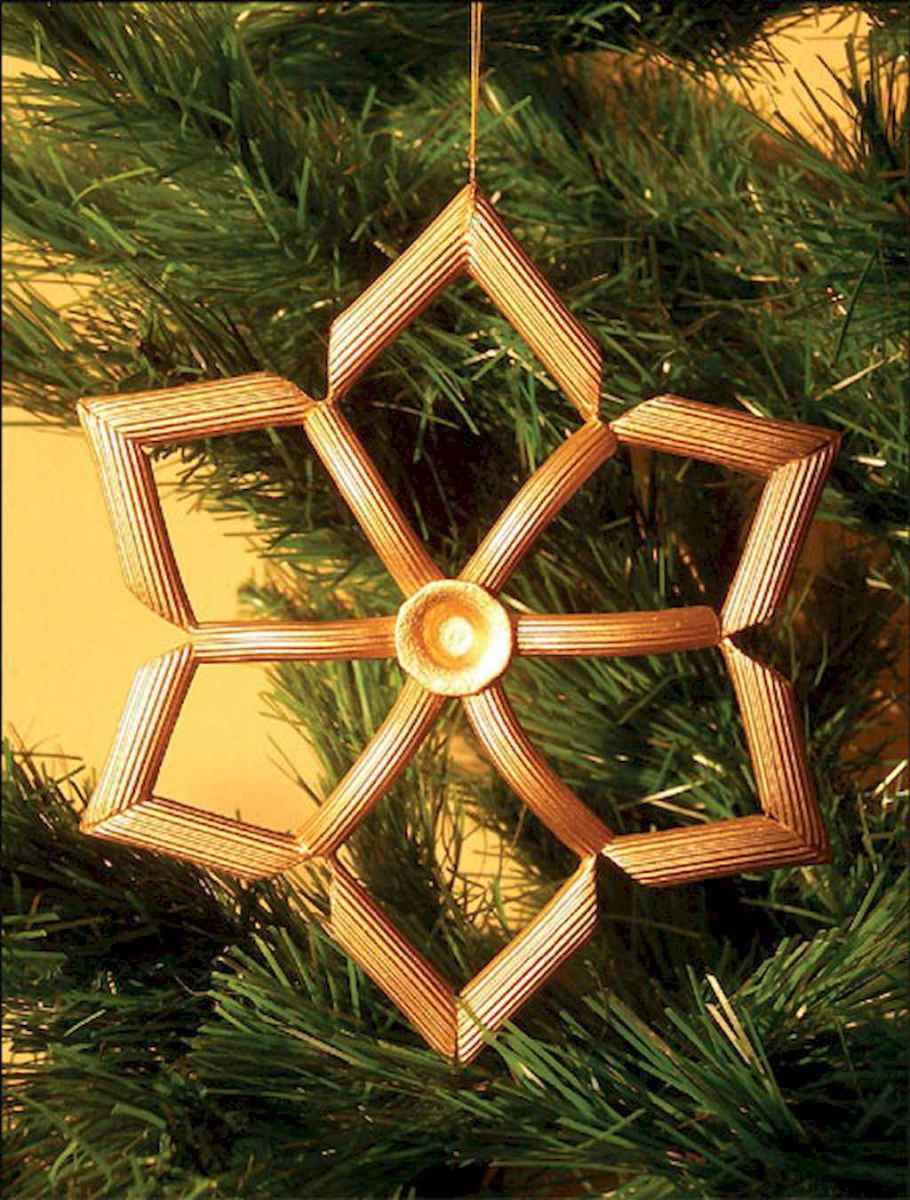 30 Simple Ornaments Christmas Tree Decorations On A Budget (22)